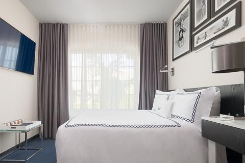 Turon travel for Design hotel 1690